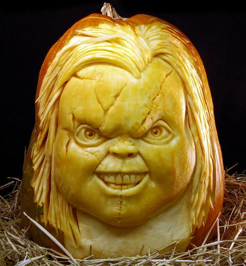 Chucky Pumpkin Carving (image www.ibtimes.com). Amazing Halloween Pumpkin Carvings